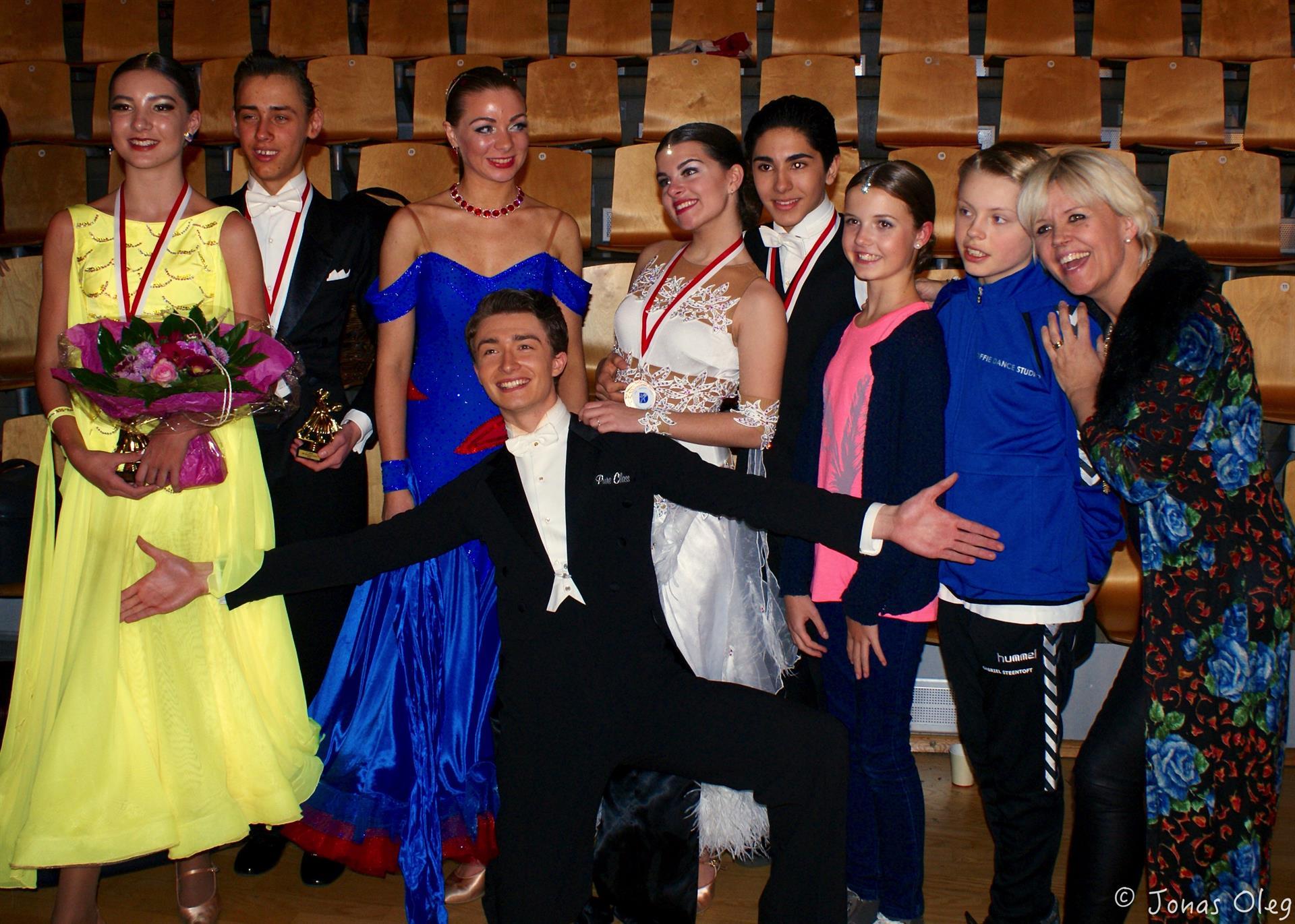 Alle Soffie Dance Studio's dejlige turneringsdansere